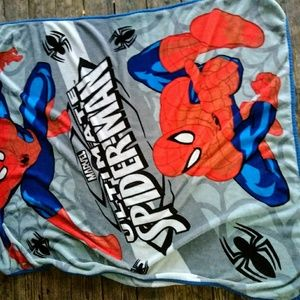 Spiderman XL throw blanket